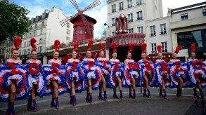 ملاهي باريس تفتح أبوابها في سبتمبر