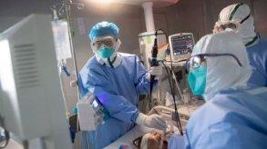 يتعافى مرضى كورونا.. ويصاب الأطباء بأزمات نفسية
