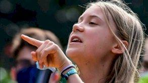 غريتا تونبرغ تقود مسيرة مناخية في ميلانو