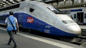 غرينبيس تقترح: منع الرحلات الجوية حين يكون لها بدائل بالقطار
