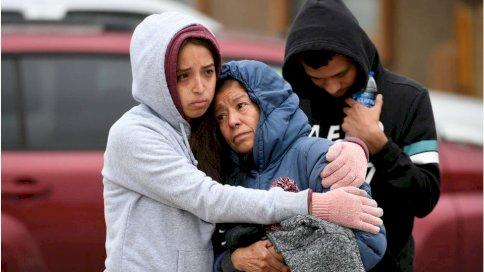 أفراد العائلة ينعون الأشخاص الستة الذين قتلوا في ولاية كولورادو