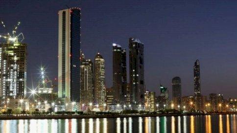 الإمارات: مساواة أجور النساء بالرجال في القطاع الخاص