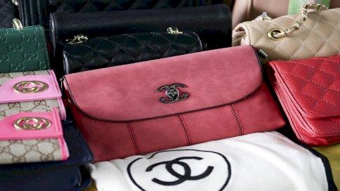 تراجع عدد من يشترون عمداً منتجات مقلّدة في أوروبا