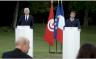 الرئيس التونسي قيس سعيّد في مؤتمر صحافي مشترك مع نظيره الفرنسي إيمانويل ماكرون في باريس